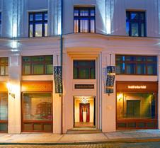 布拉格佛陀酒吧旅店
