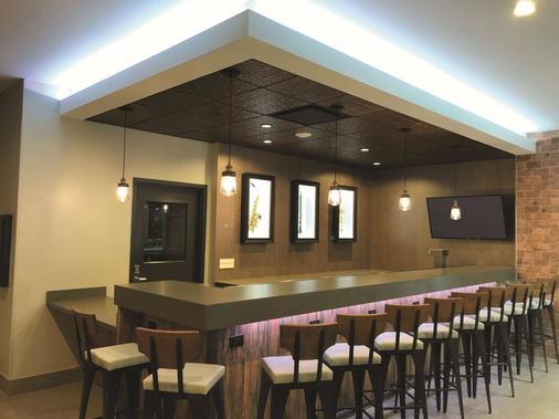 新奥尔良市中心拉金塔套房酒店 - 新奥尔良 - 酒吧
