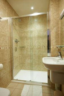 露娜和西蒙尼酒店 - 伦敦 - 浴室