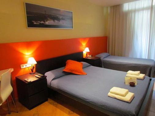巴塞罗那城市中心旅馆 - 巴塞罗那 - 睡房