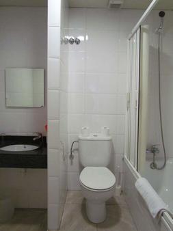 巴塞罗那城市中心旅馆 - 巴塞罗那 - 浴室