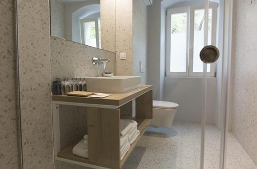 迪沃塔公寓式酒店 - 斯普利特 - 浴室