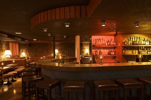 瓦拉希雅阿伦纳斯度假村 - 克朗-蒙大拿 - 酒吧