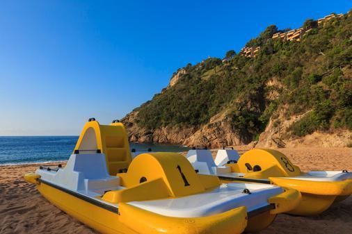 吉维洛拉度假酒店 - 滨海托萨 - 海滩