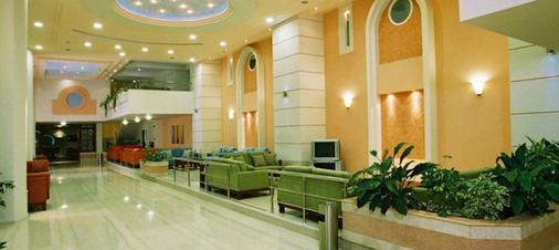 斯莱那海滩酒店 - 罗德镇 - 大厅