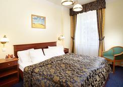 安格里奇杜尔奥莱亚酒店 - 玛丽亚温泉市 - 睡房