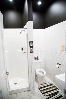 小鱼旅舍 - 丹佛 - 浴室