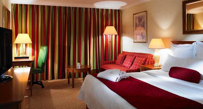 加迪夫万豪酒店 - 卡迪夫 - 睡房