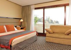 比尼亚德尔马海滨享受酒店 - 比尼亚德尔马 - 睡房