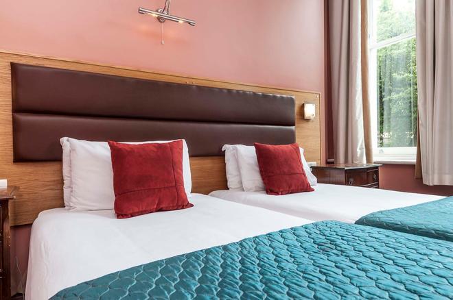 伦敦特雷波维尔酒店 - 伦敦 - 睡房