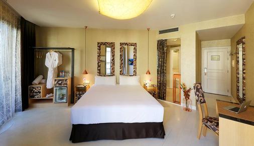 巴塞罗纳埃克斯酒店&都市温泉 - 巴塞罗那 - 睡房