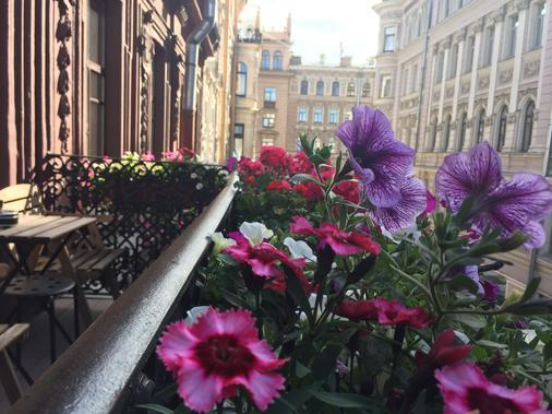 加露诺维酒店 - 圣彼德堡 - 阳台