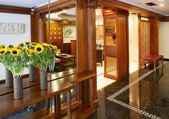 雅典阿瓦套房酒店 - 雅典 - 大厅
