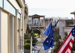 雅典阿瓦套房酒店 - 雅典 - 户外景观
