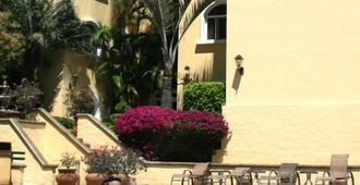 尔德里奥套房别墅公寓酒店 - 圣荷西