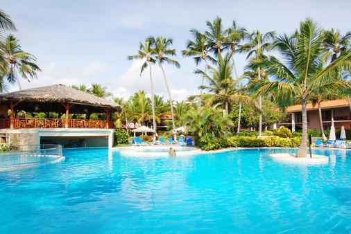 自然公园海滩和温泉生态度假村 - 式 - 蓬塔卡纳 - 游泳池
