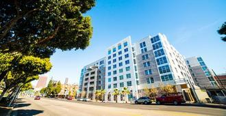 吉诺西费加罗公寓 - 洛杉矶 - 建筑