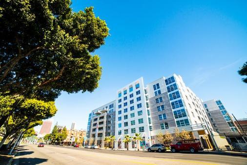 费加罗套房公寓 - 洛杉矶 - 建筑