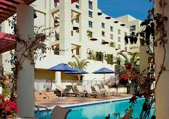 圣莫尼卡莫里哥特jw万豪酒店 - 圣莫尼卡 - 游泳池