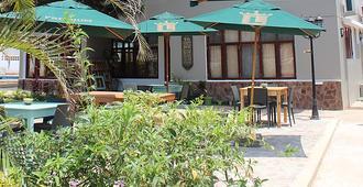 桑莫史基德旅馆及餐厅 - 马普托