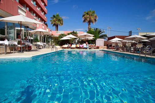 宏泰天堂海滩酒店 - 仅限成人 - Santa Eularia des Riu - 户外景观