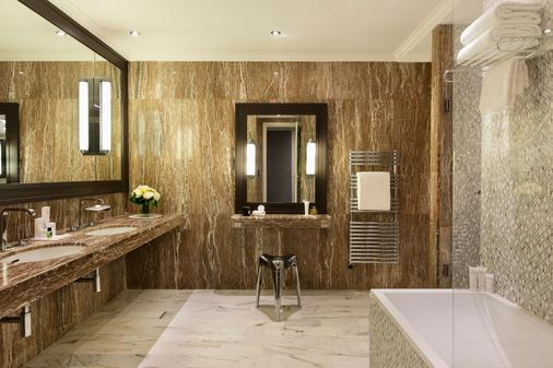 雄伟巴里尔酒店 - 戛纳 - 浴室