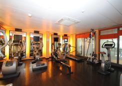 布里斯托尔水疗酒店 - 蒙特勒 - 健身房