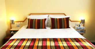 波尔多圣让贝斯特韦斯特酒店 - 波尔多 - 睡房