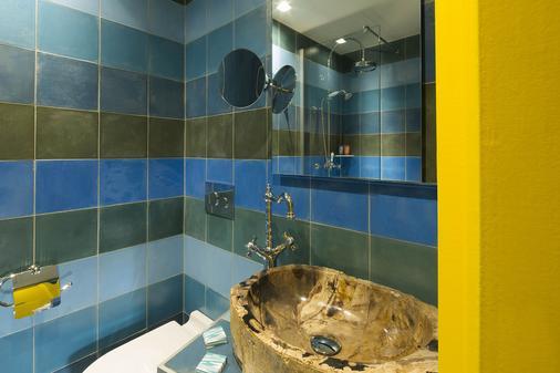 巴黎大陆酒店 - 巴黎 - 浴室