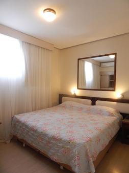 萨沃伊酒店 - 库里提巴 - 睡房