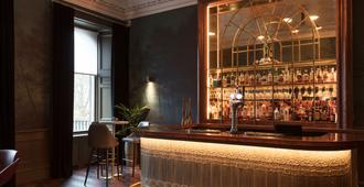 爱丁堡皇冠假日酒店-皇家露台 - 爱丁堡 - 酒吧
