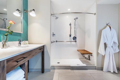 阿普瓦雷酒店及温泉 - 阿森德连锁酒店成员 - 卡利斯托加 - 浴室