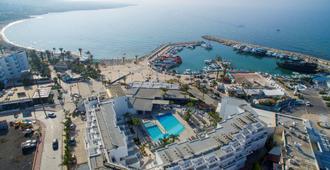 丽曼纳基海滩酒店 - 圣纳帕 - 建筑