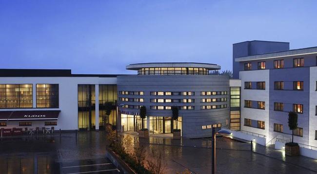 都柏林利菲山谷克拉丽奥酒店 - 都柏林 - 建筑