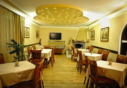 艾芙洛帕酒店 - 波德戈里察 - 酒吧