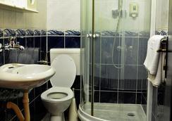 艾芙洛帕酒店 - 波德戈里察 - 浴室