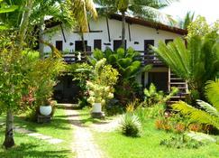 棕榈木屋村旅馆 - 莫鲁-迪圣保罗 - 建筑