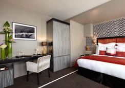 巴黎茱莉亚娜酒店 - 巴黎 - 睡房