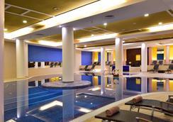 佩斯塔纳赌场公园酒店和赌场 - 丰沙尔 - 游泳池