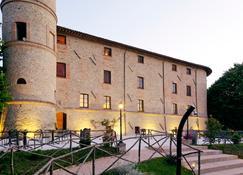 Castello di Baccaresca - 古比奥 - 建筑