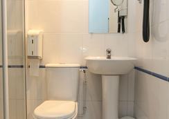 蒙马特丽晶青年旅馆 - 巴黎 - 浴室