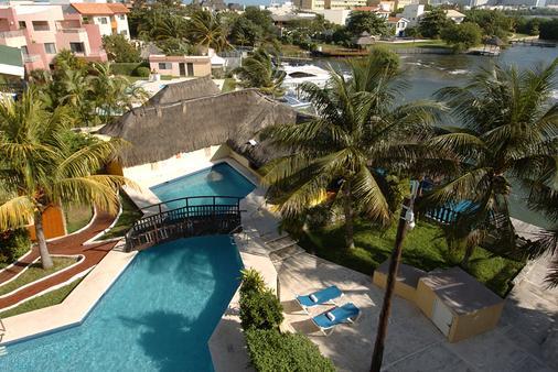 海滨帝国拉古纳法兰达酒店 - 坎昆 - 游泳池