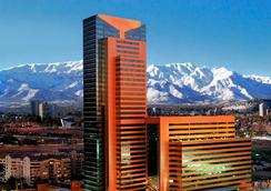 大道套房酒店 - 圣地亚哥 - 建筑