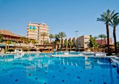 埃拉特U珊瑚海滩俱乐部酒店 - 埃拉特 - 游泳池