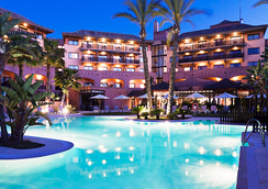 伊斯兰蒂亚高尔夫度假酒店 - 拉安蒂拉 - 游泳池