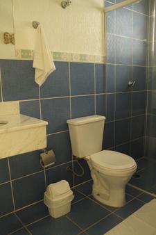 马利西亚斯潘泰旅馆 - Maresias - 浴室