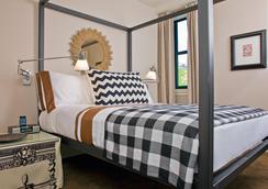 圣波托尔福酒店 - 波士顿 - 睡房