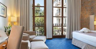 索耶尔大酒店 - 索列尔 - 睡房