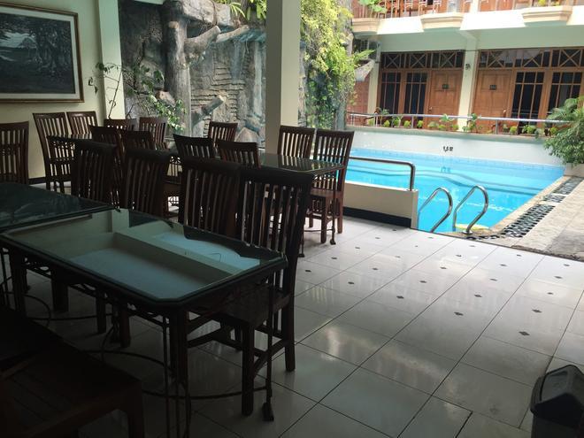 克里斯托里斯特酒店 - 日惹 - 餐馆