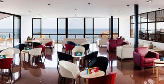 雷马格兰高级Spa酒店 - 滨海托萨 - 睡房